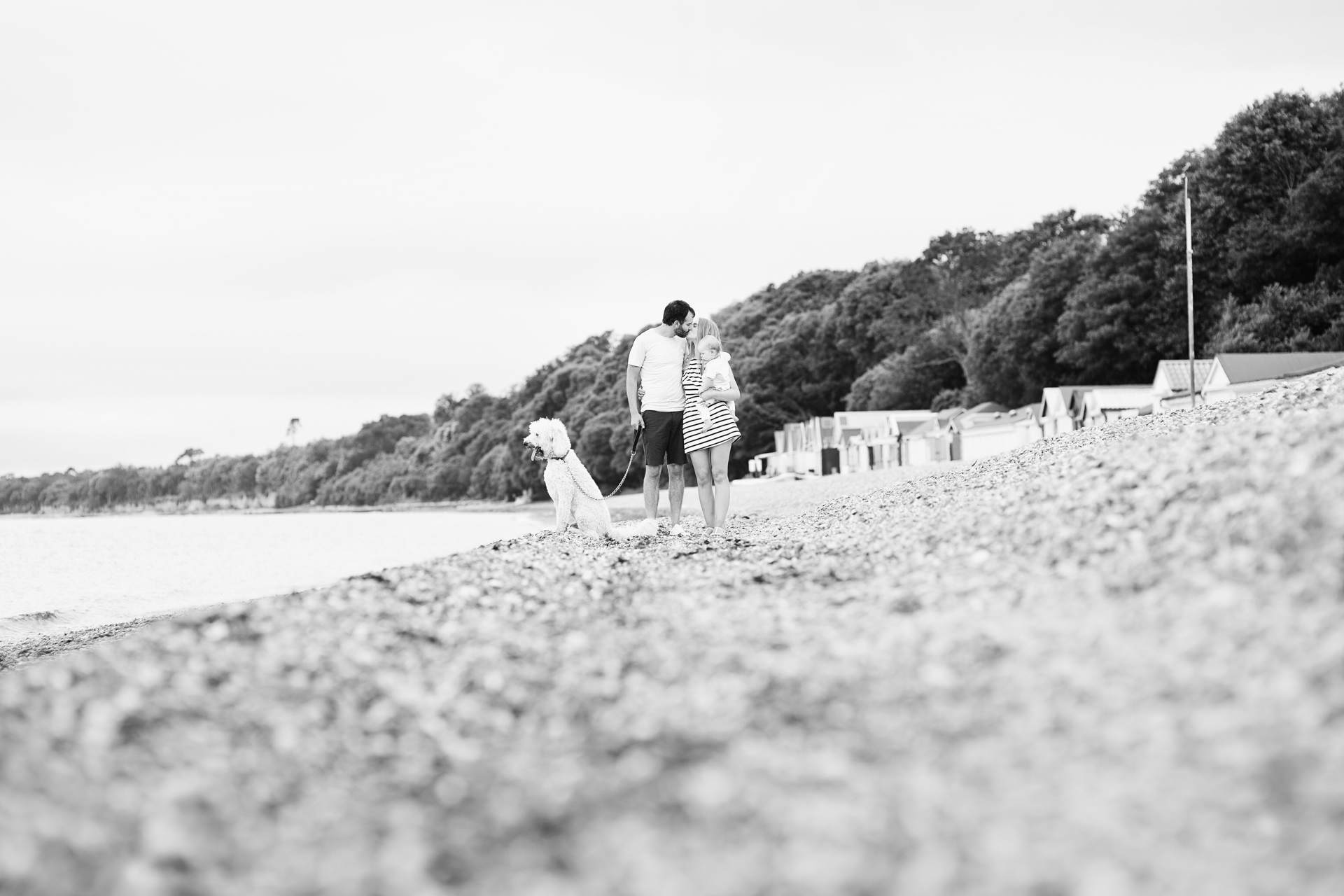 natural and relaxed family photography in Hampshire