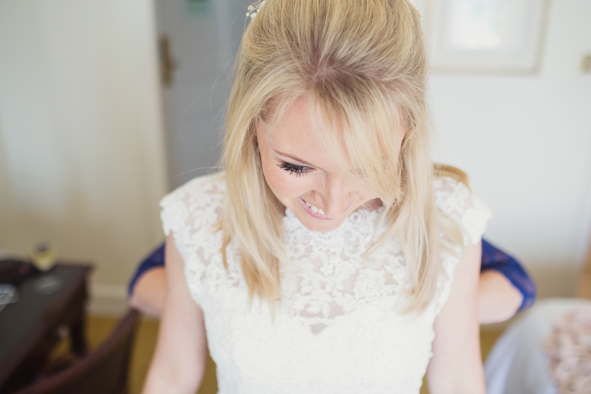 bride getting ready at her bournemouth beach wedding