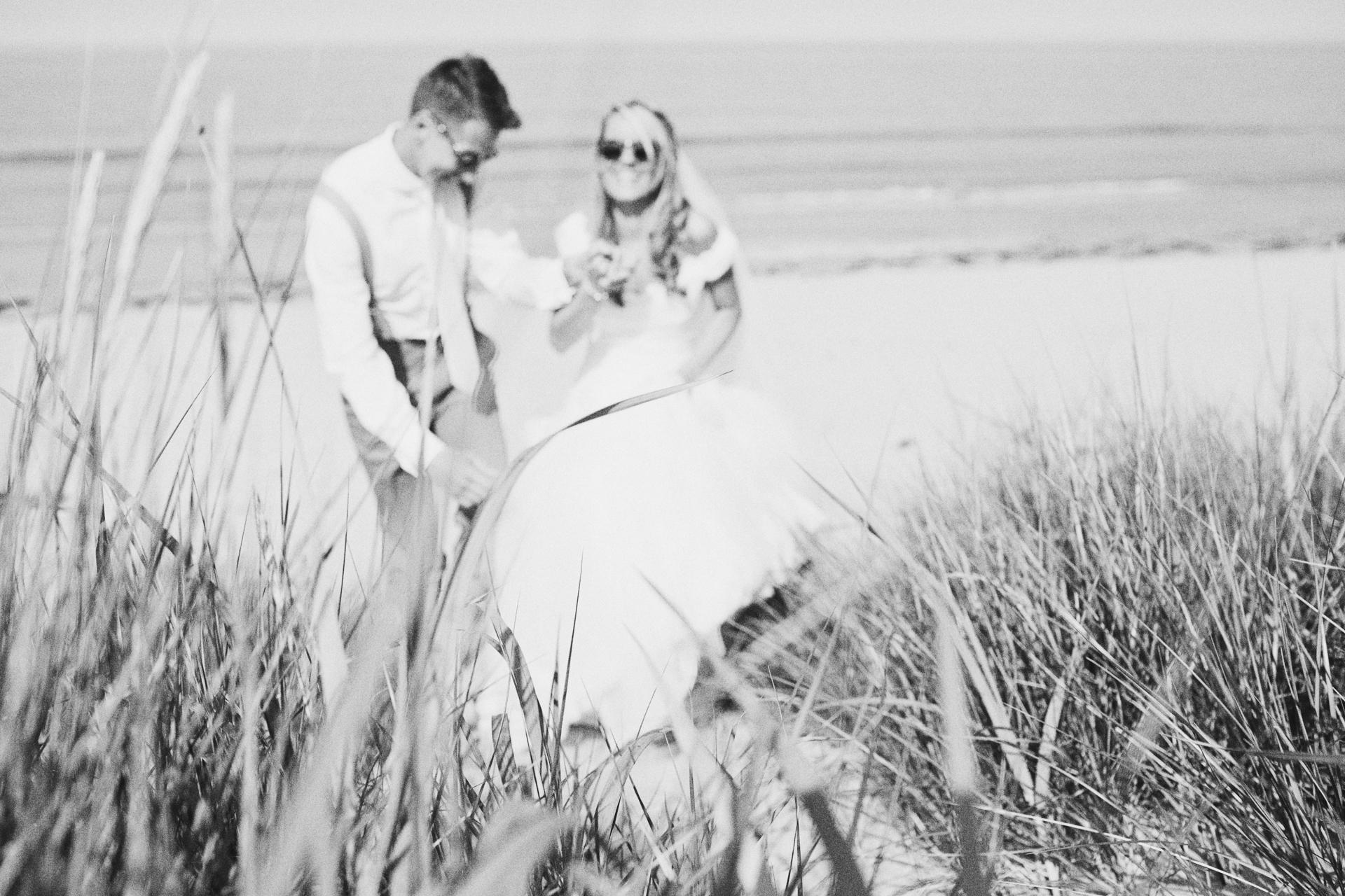 beach wedding photographer UK