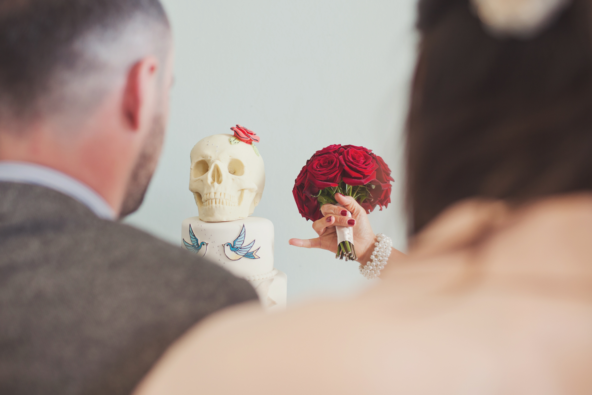 skull cake london city wedding